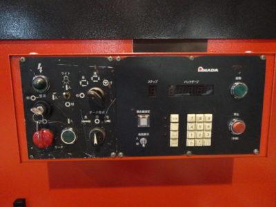 アマダ M-4065